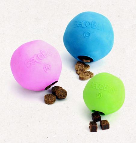 Beco jutalomfalattal tölthető labda